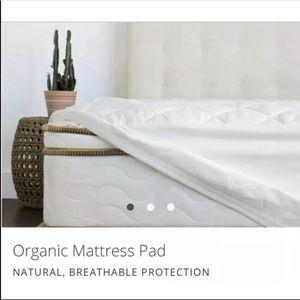 Saatva Twin XL organic cotton mattress pad